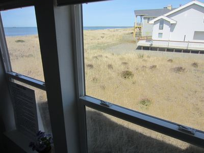 Westport house rental - You won't miss out on watching the surf while you're in the tub.