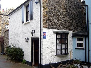 Broadstairs cottage rental - Barnaby's Lodge, Union Square
