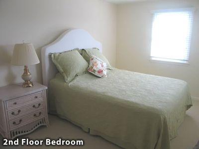 Guest Bedroom-2nd Floor
