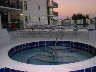 Cocoa Beach condo photo - Jacuzzi