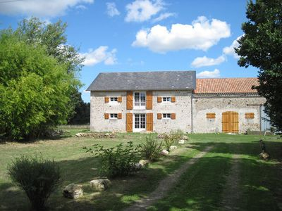 Spacious holiday home with private pool only 5 Km from the centre of Saint-Savin