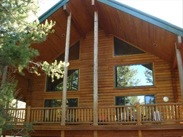 Island Park cabin rental - Enjoy this exceptional, log cabin built in 2002
