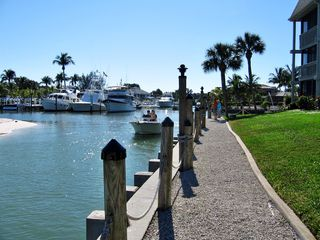 Sanibel Island condo photo - Watch the boats around the Marina area