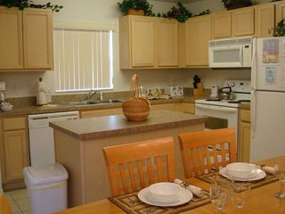 Calabay Parc villa photo - Kitchen with Island