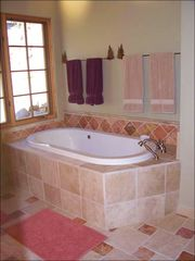 Big Sky townhome photo - Master Bath - Jacuzzi Tub