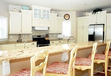 Gourmet extra large kitchen with ample counter space.