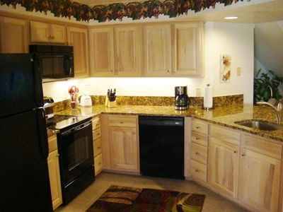 Beautiful New Granite. Fully equipped kitchen.