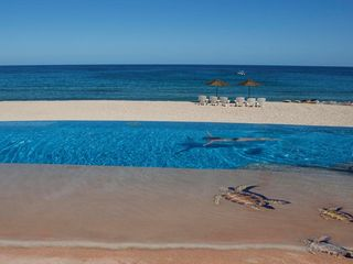 El Cardonal estate photo - The pool and beach