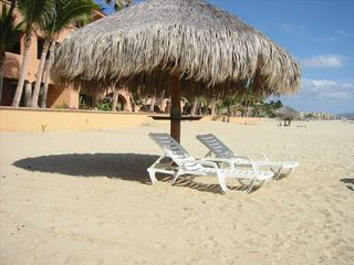 San Jose del Cabo condo photo - This palapa is steps and is within view of the patio