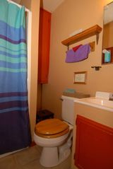 Evergreen cottage photo - Squeaky clean with bath, hand, wash towels.