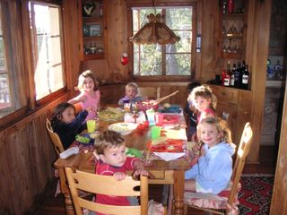 Lake Arrowhead cabin photo - dining room