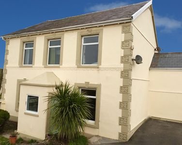 Delightful Large Character House Ideal For Large Groups And Family Get Togethers