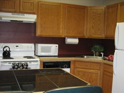 Newly Renovated, Fully Equipped Kitchen