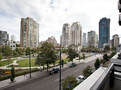 view from balcony onto Yaletown Park..