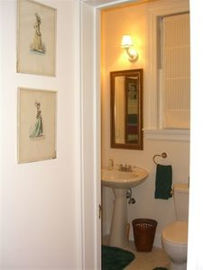 bath with pedestal sink