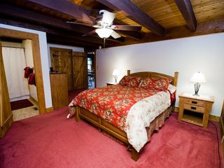 Massanutten lodge photo - Master Bedroom