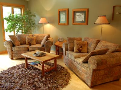 Bright, tastefully furnished living room with Native heritage decor