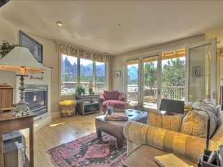 Sedona condo photo - Great Room with Skyline Vistas