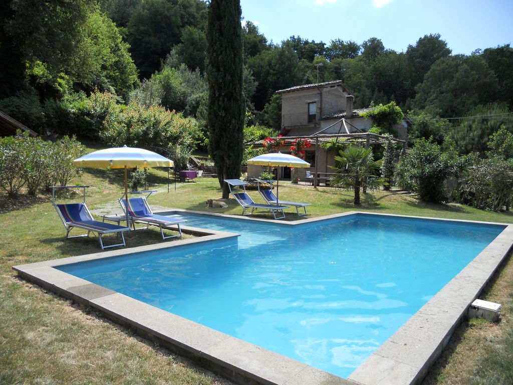Portiglione rural villa with breathtaking view private for Anda garden pool villas
