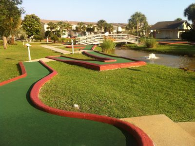 18 Hole Miniature Golf