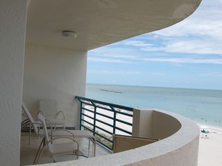 Les Falls condo photo - Relax from the MBR lanai and take in the gorgeous coastal view and sounds.
