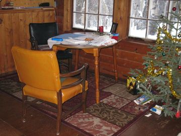 Haines cottage rental - Living area