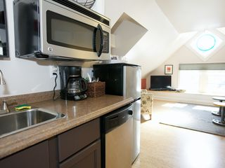 Charlottesville apartment photo - Kitchenette