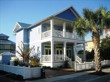 Carillon Beach house rental - Enjoy Relaxing Verandas, Paddle Fans and Outdoor Audio