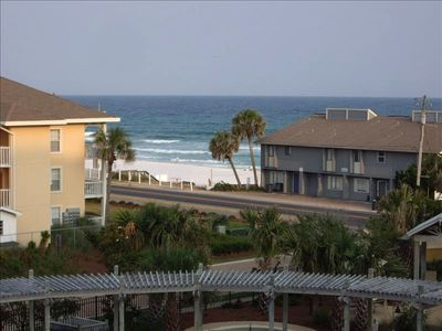 Perfect Beach Getaway for the entire family.  Great 4th floor view.