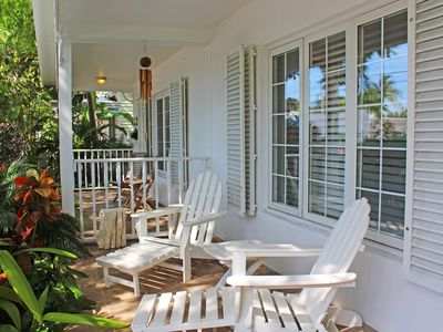 CASABLANCA TOO - Cute Cottage w/ Private Hot Tub & Off Street Parking!