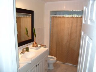Fort Erie house photo - Second Bathroom