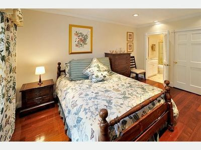 The 6th master suite is on 3rd floor, with a queen bed.