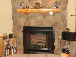 Carrabassett Valley condo photo - Enjoy this gas fireplace in the evening after skiing