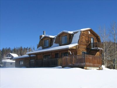 5 Bedroom, 3 Bath Private Home, with hot tub, located close to Keystone.