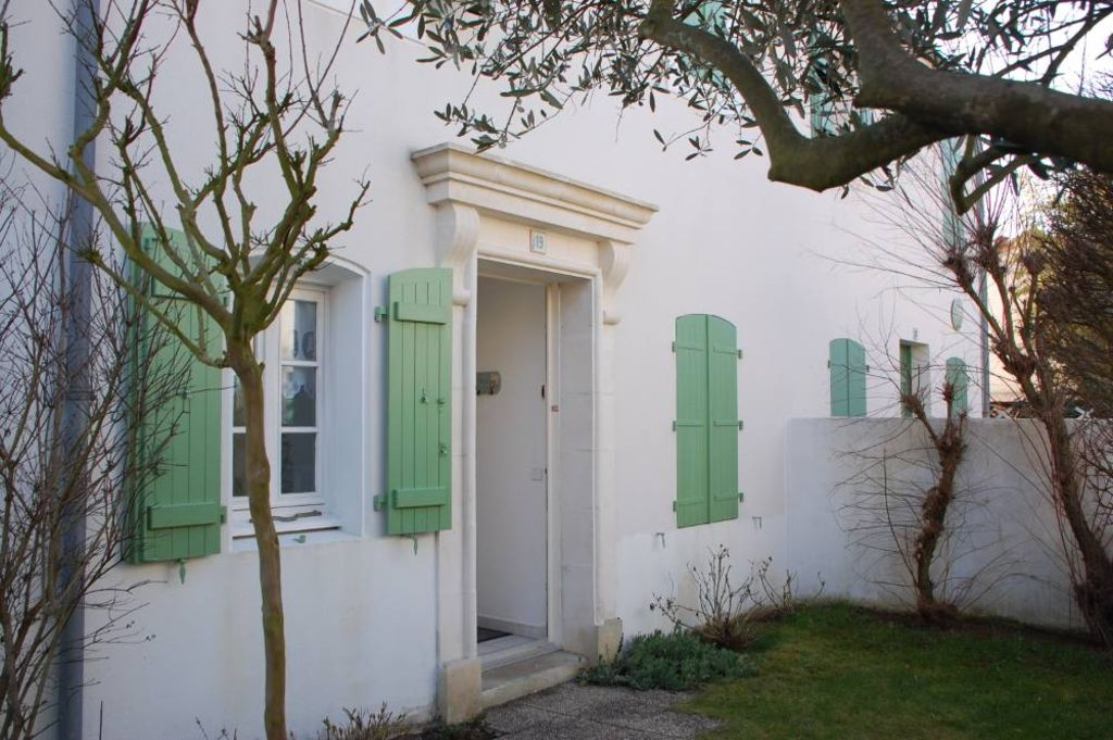 Holiday house, 85 square meters , La Couarde, France