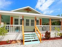 Marmalade Mermaid is a Spactacular 3 bed 3 bath Eclectic Beach Cottage