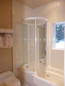 Bathroom to Bedroom 5 with Jacuzzi Tub/Shower -Wonderful Attitude Adjuster