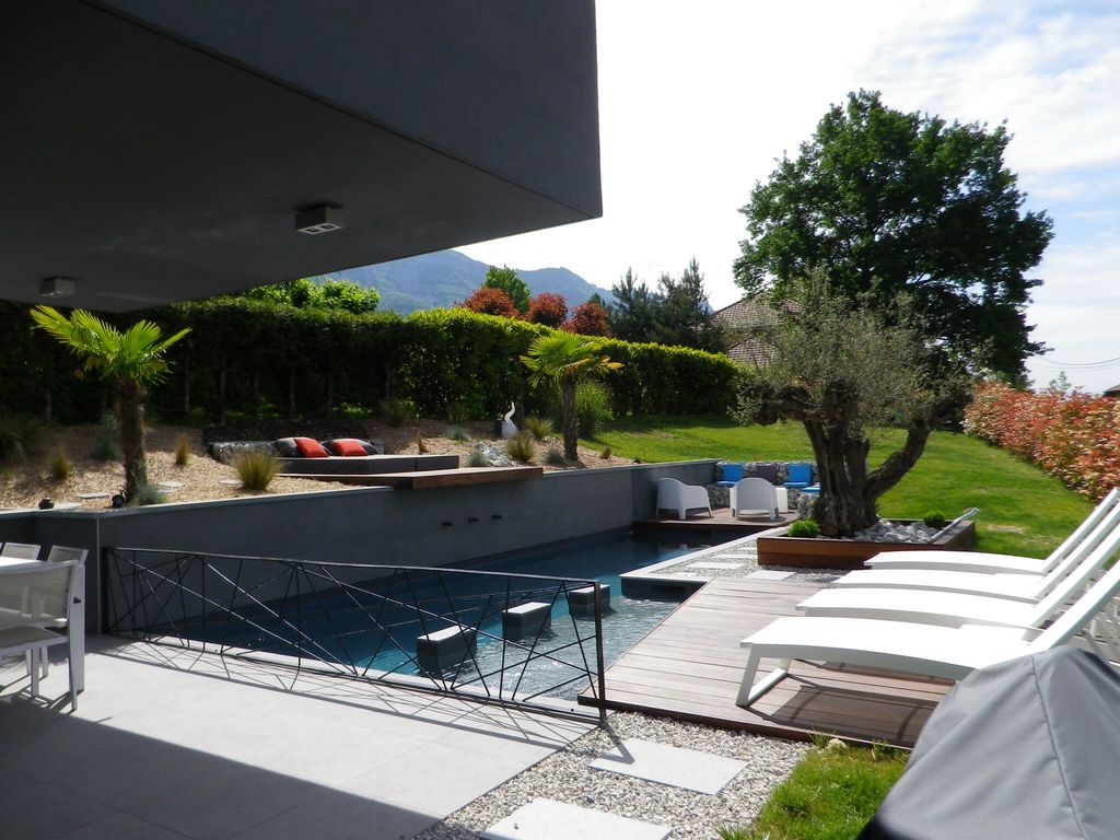 Large contemporary house homeaway aix les bains for Big modern house tour