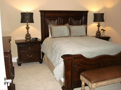 Third Bedroom Queen Bed with Zen Setting