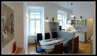 Styria apartment photo - Bright and welcoming dining area