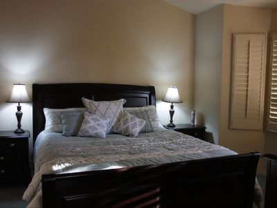 Main Master Bedroom(King sized bed) 600 thread cout sheets, full walk in closet.