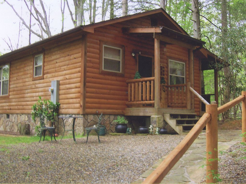 Cosby vacation rental vrbo 396144ha 2 br east cabin in Cabin rental smokey mountains