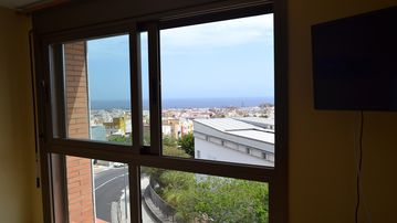 Cozy apartment close to the center of Santa Cruz de Tenerife with Lift, Parking, Internet
