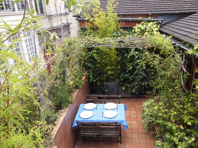PARIS MARAIS APARTMENT WITH TERRACE : the large terrace for your lunch open air!