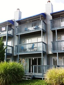 17C Vandyke St, Dewey: a 3 story townhouse, 1/2 block from beach and bars