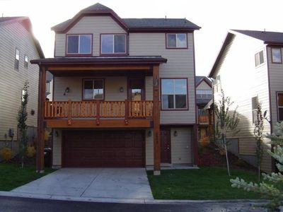 As you can see this is a detached home, not a condo.