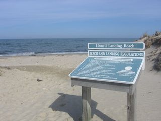 Brewster cottage photo - Linnell Landing beach