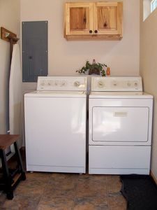 Wardner cabin rental - Wash, dry and iron at your convenience