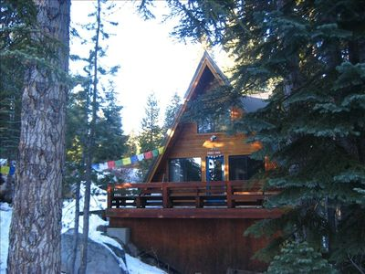 Bear Valley Ski Cabin with South Facing Deck