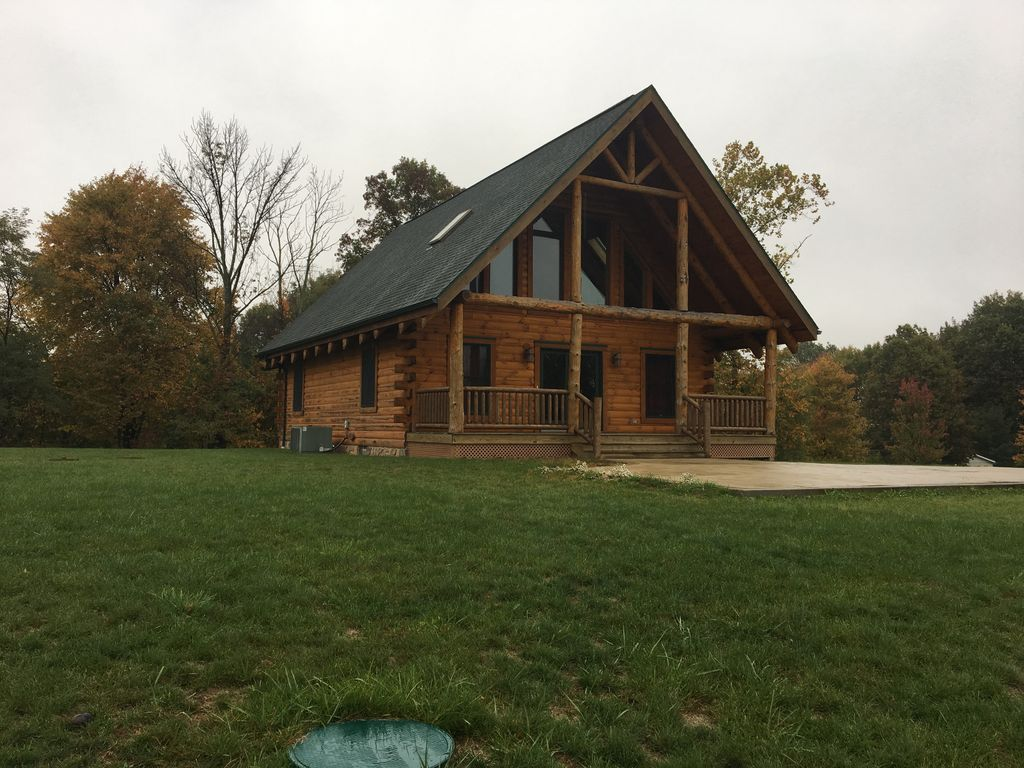 Log cabin in amish country vrbo for Cabins amish country ohio